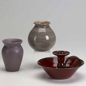 Art pottery group lot approx thirtyfive pieces include stangl trenton art pottery rainbow pottery north state and others tallest 8 34
