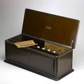 Freshman masterpiece radio casket radio in mahogany case 1927 31 x 13 x 11 34