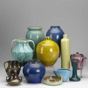 North carolina pottery twelve pieces include broadmoor north state pottery ar cole hall haeger etc tallest 11