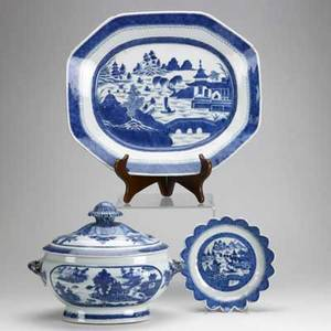 Blue and white canton three pieces 18th19th c covered bowl large rectangular platter and lotusform shallow bowl largest 18 14 x 15 14