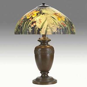 Handel bronze table lamp with reversepainted daffodil shade shade stamped handel lamps patd no painted handel 7122m base stamped handel 24 x 17 34