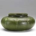 Wilhelmina post grueby squat matte green vase with stylized flowers exhibition arts and crafts in detroit 19061976 detroit institute of fine arts 1976 no 22 grueby pottery circular stamp wp