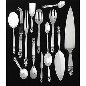 Georg jensen silver serving pieces in the acorn pattern designed by johan rhode denmark fourteen pieces include cake server 10 12 pastry server 8 12 four piece hollow handled bar set me
