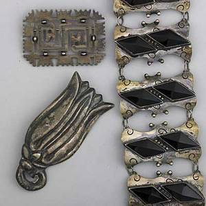 William spratling openwork and other mexican silver ca 19391950 spratling precolumbian brooch pierced with silver beads 1939 marked taxco 2 x 2 14 onyx and hollowform link bracelet 7 x
