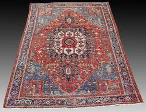 Antique Persian Serapi Rug 94 x 124