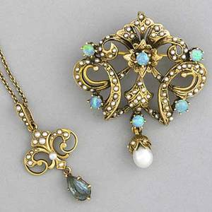 Seed pearl necklace and broochpendant seed pearl and spinel pendant on chain along with an opal and seed pearl broochpendant all 14k yg 149 gs gw spinel 1 14 chain 15 broochpendant 1