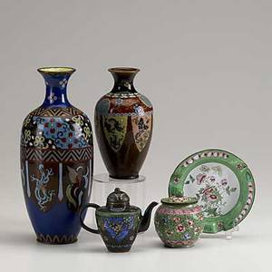 Cloisonne on enamel five pieces art deco style vase miniature teapot vase with alternating dragons tobacco jar and ashtray all 20th c tallest 9 12