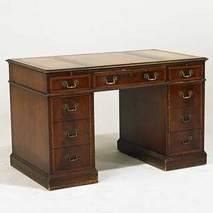 Kneehole desk mahogany with leather top and banded drawer fronts ca 1940 30 x 48 x 28