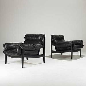 Sergio rodrigues pair of leather and enameled wood sheriff lounge chairs unmarked 32 x 37 x 32