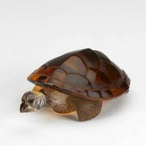 Lalique amber glass turtle figurine foil tag and script signature 2 x 6 x 3 12