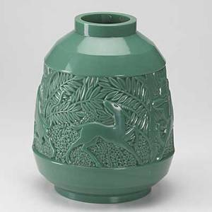 Davesn attr art deco vase with impressed decoration in malachite glass unmarked 12 12 x 10 12 dia
