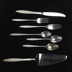 Wallace spanish lace sterling flatware fourpiece serving for 12 and four serving pieces 24 teaspoons 7 12 dinner forks 6 12 salad forks oval soup spoons long handled dessert spoons hollo
