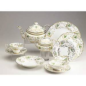 Grosvenor tiffany  co english bone china service in the emerald pattern 20th c 109 pieces include twentyfour dinner plates eleven salad plates thirteen soup bowls thirteen dessert plates