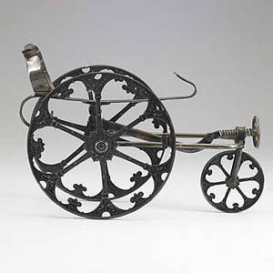 Mechanical wine cradle silver plate in the shape of an artillery gun carriage 19th20th c 13 x 8 x 5