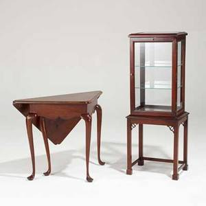 American furnishings mahogany curio cabinet with marlborough feet together with a queen anne style handkerchief table late 20th c table 27 12 x 27 x 18 12 closed