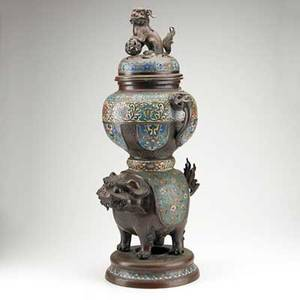 Japanese champleve incense burner bronze foo dog base and finial early 20th c 30