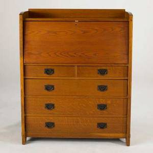 Gustav stickley dropfront desk with fitted interior and two over three drawers quartersawn oak with patinated iron pulls early 20th c red compass mark 46 x 36 12 x 15
