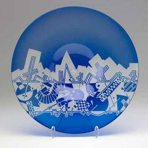 Michael joplin handblown glass charger with acid etched decoration usa 1982 note artist is brother to janis joplin signed and dated 2 x 16