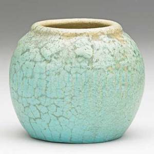 Van briggle early vase with blossoms curdled pale turqoise glaze colorado springs 1903 aavan briggle1903147 iii 3 12 x 4