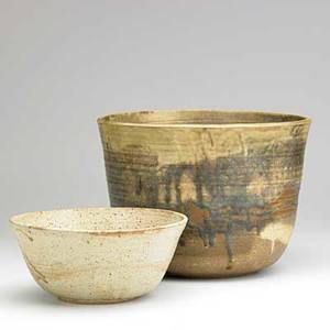 Toshiko takaezu two glazed stoneware vessels clinton nj signed tt 8 34 x 11 12 and 4 x 9