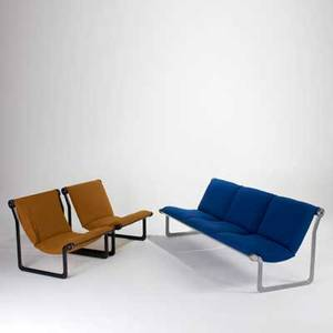 Bruce hanna knoll international sofa and pair of lounge chairs usa 1960s wool enameled steel and aluminum lounge chair labeled sofa 28 12 x 80 34 x 30 and lounge chairs 28 x 29 x 30
