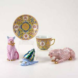 Herend etc five porcelain pieces herend leopard cat and snail together with chinese enameled cup and saucer tallest 4 12