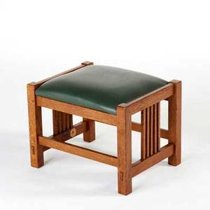 Stickley by audi contemporary spindled footstool late 20th c quartersawn oak and leather seat branded metal tag 14 x 19 x 15