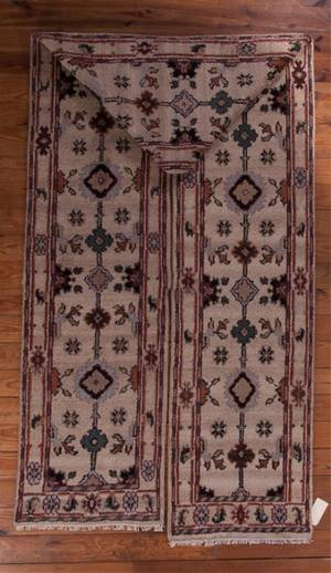 Mahal 27 x 221 100 Wool Long Runner