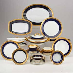 Haviland rosenthal etc114 pieces cobalt and gilt rimmed porcelain 20th c including eighty rosenthal prima dona pattern six syracuse tea cups etcall markedtallest 4 12