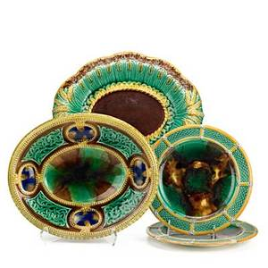 English majolica four items 19th c footed oval tray with oval platter and two wedgwood plates largest 3 x 12 14 x 10 14