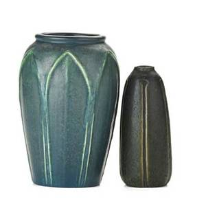 Van briggle hampshire van briggle bud vase 1917 hampshire vase in frothy blue and green vase both marked 5 34 7
