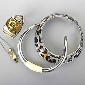 Contemporary studio silver or gold jewelry georg jensen silver and ivory collar h10 a29 postwar mark sterling 22k gold 14k gold open cuff with 14 ct moonstone peridot and druzy possibly caro
