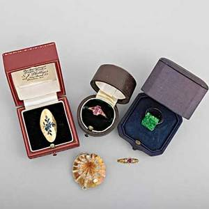 Gold jewelry 19th20th c five items include 18k yg quatrafoil ring with foilbacked rubies retailed by phillips london two victorian 14k rings one ruby and diamond one champleve enamel ameri