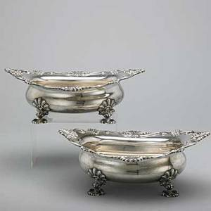 Two american silver serving bowls ny 1893 open oval cushions with undulating shell rims on four shell feet 769 ot 12 x 10 14 x 4 12