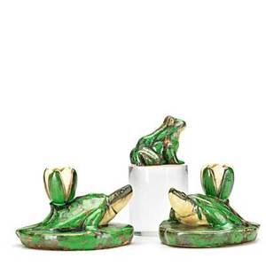 Weller pair of coppertone turtle candlesticks and frog paperweight marked weller pottery candlesticks 3 x 5 x 3 34