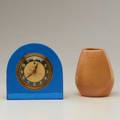 American art deco general electric desk clock and russel wright for bauer vase 1930s vase unmarked clock 5 34
