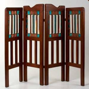 Arts and crafts four panel fire screen 20th c leaded glass and walnut unmarked overall31 12 x 39 each panel 9 34 wide
