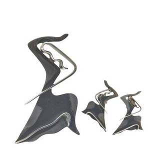 Ed wiener 1918  1991 sculptural sterling silver brooch and matching earrings the dancer new york ca 1947 stamped ed wiener sterling brooch 3 x 2 literature schon modernist jewelry 19
