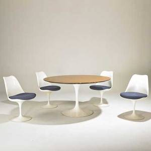 Eero saarinen knoll international tulip dining table and four chairs usa 1970s plasticcoated steel aluminum painted fiberglass laminate upholstery unmarked table 29 x 54 dia chairs 3