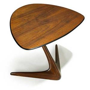 Vladimir kagan b 1927 kagandreyfuss sculpted and laminated walnut side table new york 1950s branded 21 12 x 24 12 x 20 12