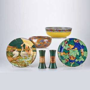 English pottery and china six pieces 20th cwedgwood bowl with gold lustre two royal doulton plates d4792 bretby planter 1644h and pair of cabinet vases most marked largest diameter 10 3