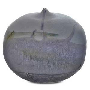 Toshiko takaezu 1922  2011 closedform glazed porcelain vessel clinton nj signed tt 5 12 x 5 34