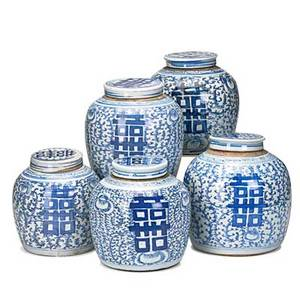 Chinese blue and white porcelain ginger jars five with lids 19th20th c 8 12 x 8