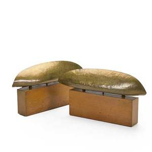Vladimir kagan kagandreyfuss pair of backlit table lamps new york 1950s lacquered walnut hammered brass branded 8 34 x 17 x 3