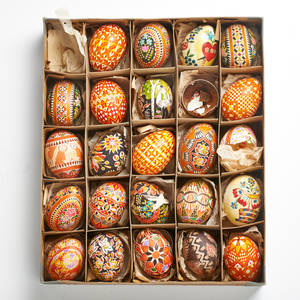 Czechoslovakian decorated eggs twentyfour handpainted in various motifs earlymid 20th c each 2 14 x 1 12 dia provenance private collection connecticut acquired from the collection of