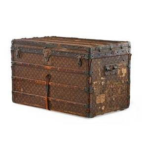 Louis vuitton steamer trunk metal side handles with fitted interior early 20th c serial no 159470 22 x 35 12 x 20 12