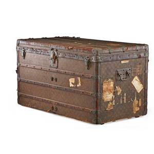 Louis vuitton steamer trunk metal side handles early 20th c serial no 137835 22 x 40 x 22