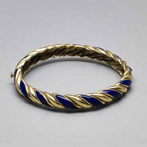 Enameled 14k yellow gold hinged bangle heavy cast gold in the form of twisted rope with royal blue vitreous enamel ca 1965 38 interior circumference 6 12 197 dwt