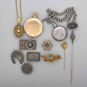 Collection of jewelry and watches 18601915 twelve pieces four silver aesthetic brooches largest 1 x 1 916 10k yg cannetille seed pearl and green stone set knot brooch 34 x 2 gold filled