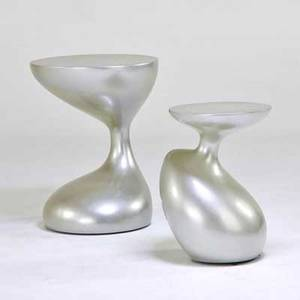 Style of zaha hadid pair of enameled biomorphic side tables 1990s wood fiberglass unmarked taller 28 12 x 21 34 dia